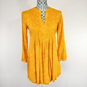 Old navy women's yellow tunic